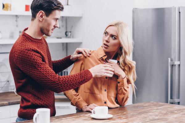 Невірна: що робити, якщо ти зрадила коханому