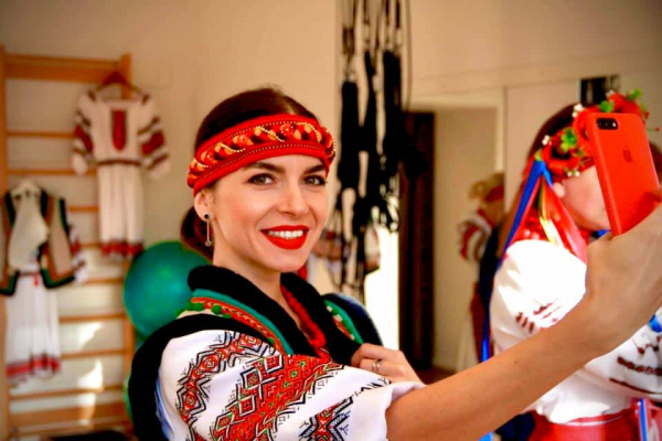 Збаражчанка у Норвегії на фестивалі фольклору показала частинку України