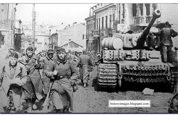 Тернопіль на відео 1944 року