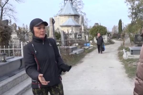 Жінка уже десятиліття «колекціонує» історії мертвих тернополян