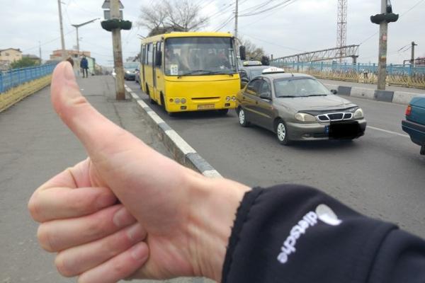 Тернопільський таксист провчив порушника ПДР