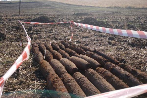 «Тринадцять артилерійських снарядів за добу»: на Тернопільщині продовжують знаходити вибухівки