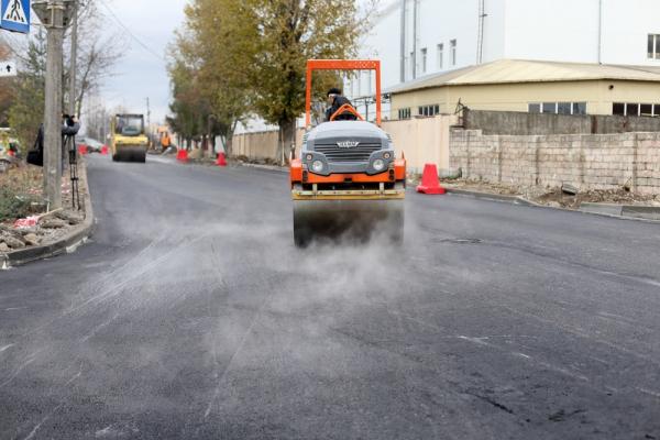 «Ремонтуємо дороги спільно з підприємцями»: у Тернополі оновили дорожнє покриття