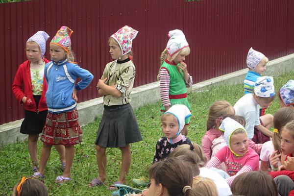 У селі на Тернопільщині, де живуть «кашкетники», будують двоповерховий дитсадок