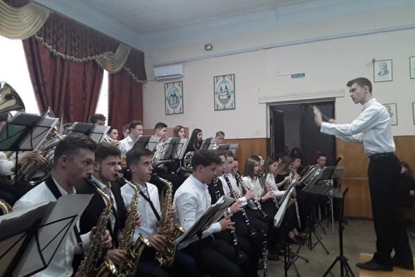 У Тернопільському музичному коледжі організували батьківський день (Фото)
