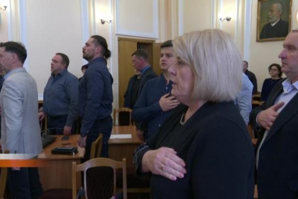 Тернопільська міська рада вимагає у керівництва держави повернути гроші громадам