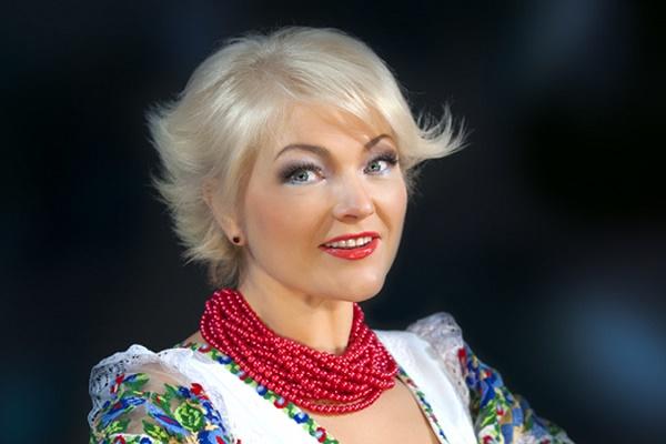 У Тернополі 21 листопада народна артистка України Оксана Пекун відкриватиме піснями свою душу