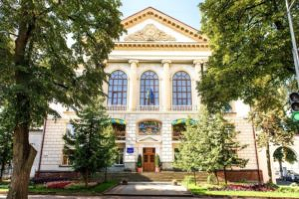 «Тижневе свято»:  тернопільська школа відзначає  80-літній ювілей