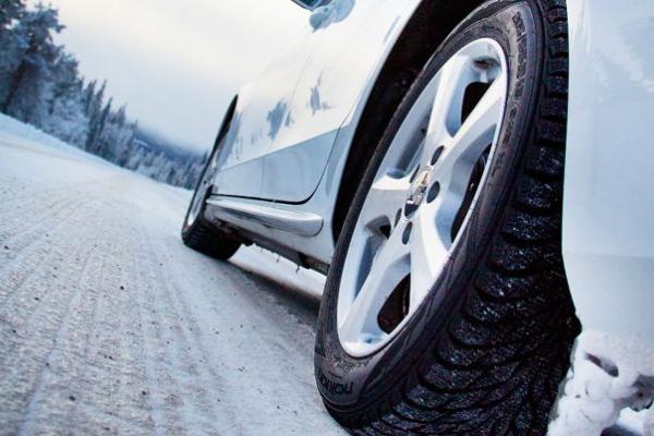 Тернополян почали штрафувати за «лисі» і пошкоджені шини
