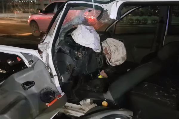 На тернопільській об'їзній, внаслідок ДТП, загинув водій таксі (Відео)