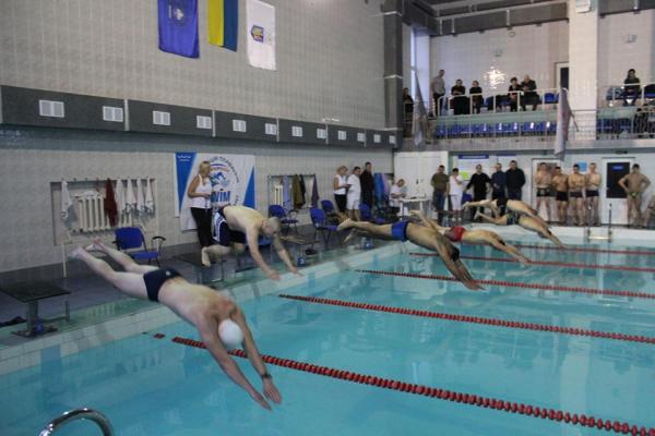 У Тернополі провели Відкритий чемпіонат з плавання пам'яті героя АТО Юрія Горайського (Фото)