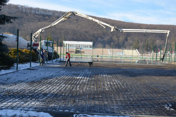 Тернопільщина: розпочали будівництво нового спортивного майданчика