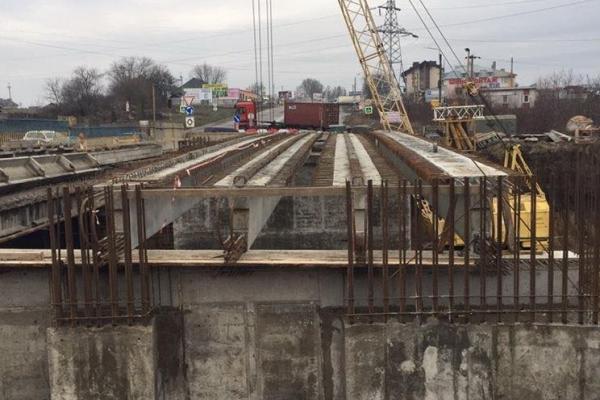 У Тернополі відновили рух на Гаївському мості