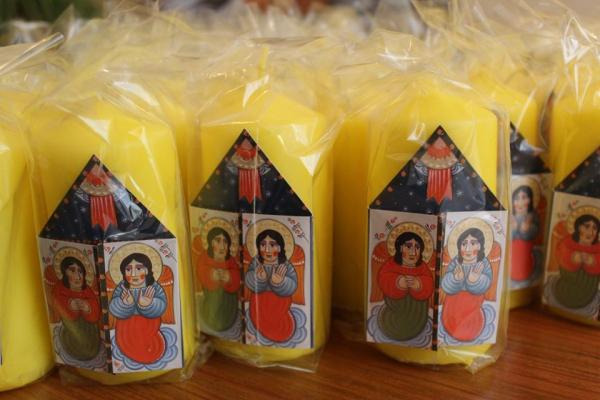 «Карітас» закликає тернополян долучитися до благодійної акції «Різдвяна свічка»