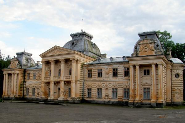 Баденський палац: маленький Відень українського Поділля