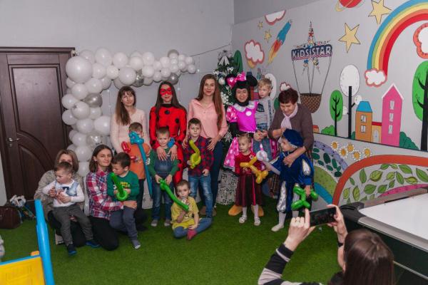 В Тернополі відбулося інклюзивне свято «Новорічна казка»