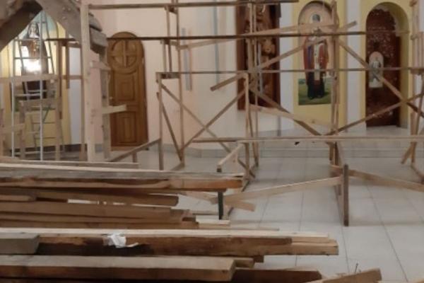 У церкві Святого Апостола Петра в Тернополі розпочали складати найбільшу в Україні Різдвяну шопку (Фото)