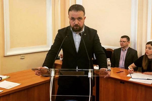 Назар Зелінка: «Вважаю справедливим встановити пільговий проїзд в маршрутних таксі для учнів на постійній основі»