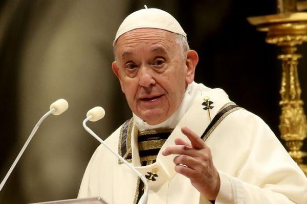 Папа Римський у Різдвяному зверненні закликав до миру в Україні