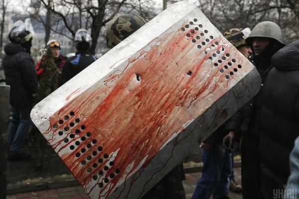 «Як нам жити із цим?» Родини загиблих на Майдані про рішення суду відпустити ексберкутівців на обмін