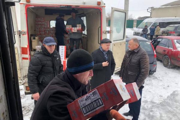 Тисячі соціально незахищених тернополян до свят отримали подарунки від фонду «Апостол»