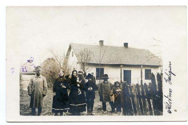 Село Колодне на столітньому фото