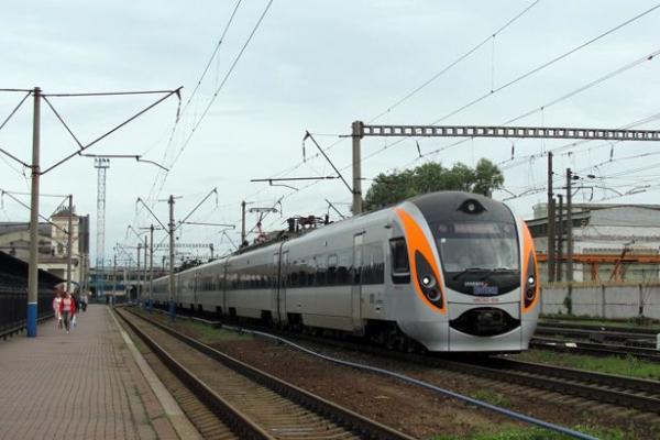 УЗ збільшила періодичність поїзду «Інтерсіті» Київ-Тернопіль