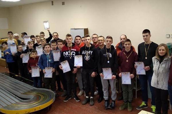 Майже 350 школярів взяли участь у Тижні науки і техніки провели у Тернополі