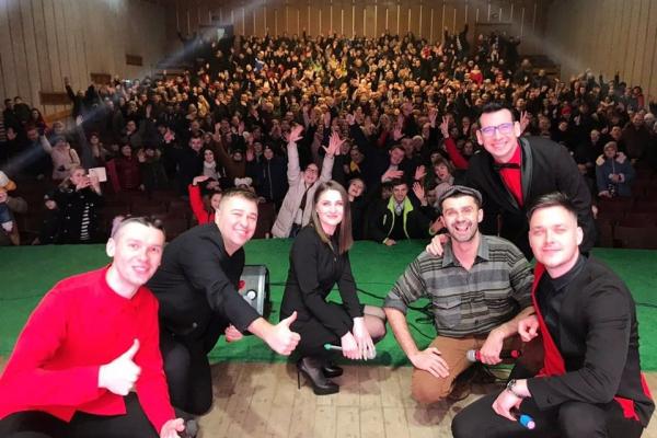 Команда «V.I.P.  Тернопіль» виступила у Дунаївцях, Долині, Заводському і Заліщиках на Тернопільщині