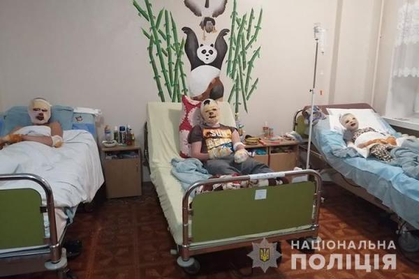 Шахраї видурили гроші, призначені для лікування дітей, постраждалих від вибуху в Угринові