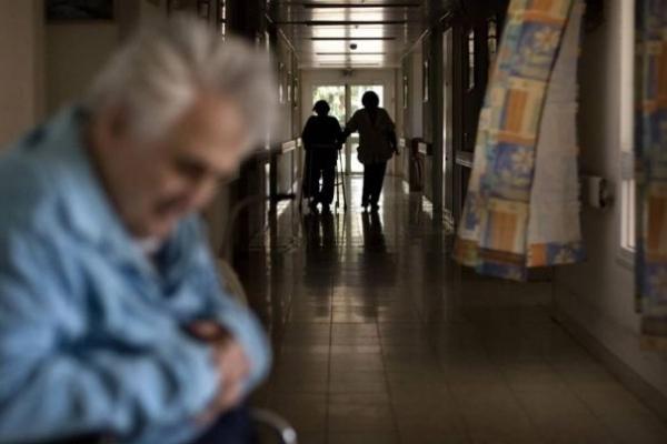 Тернопільщина: лікар відмовився лікуватися пацієнта думаючи, що він безхатько