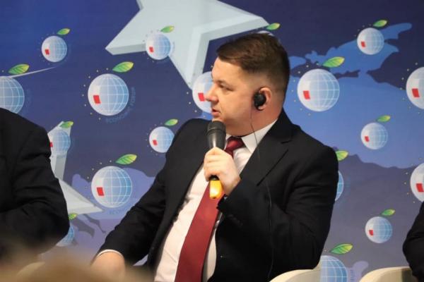 Віктор Овчарук: «Якщо не зміняться деякі правила у міжбюджетних взаємовідносинах, то у нових може бути багато застарілих проблем не тільки фінансового, але й політичного характеру»