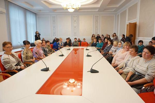На Шумщині 4 жінок отримали звання «Мати-героїня»