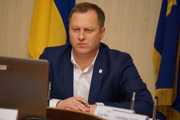 Президент прийняв відставку голови Тернопільської ОДА у зв'язку з ситуацією, що виникла в області через повернення українців з Китаю