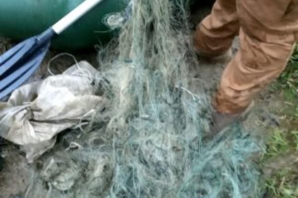 «Виловлював рибу сітками»:на Тернопільщині затримали браконьєра