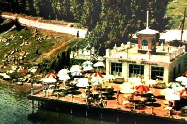 Тернопіль: як виглядав ресторан-кафе «Поплавок» на березі міського ставу (Фото)