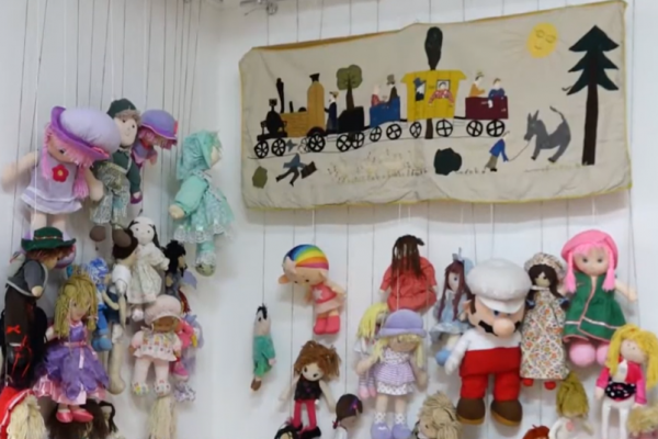 Вперше в Україні тернополянка презентує унікальну колекцію ляльок
