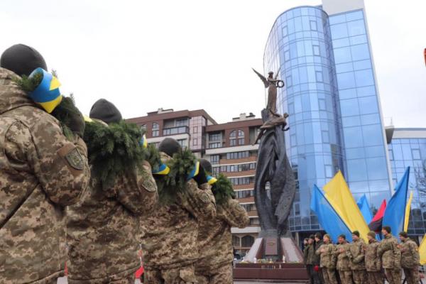 «Перемога Революції Гідності – перший удар по давно виплеканому плану Кремля щодо упокорення України», – Віктор Овчарук