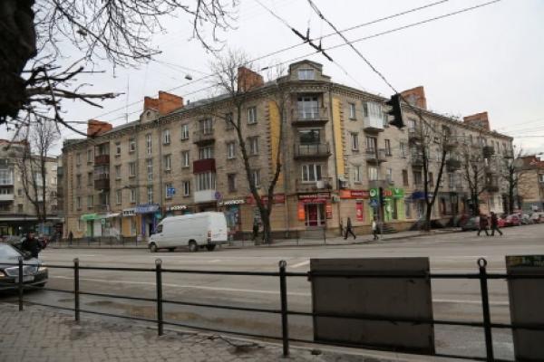 У центрі Тернополя може вибухнути ціла багатоповерхівка