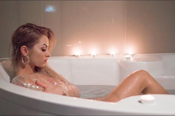Тернопільська співачка потішила шанувальників кліпом на нову пісню (Відео)