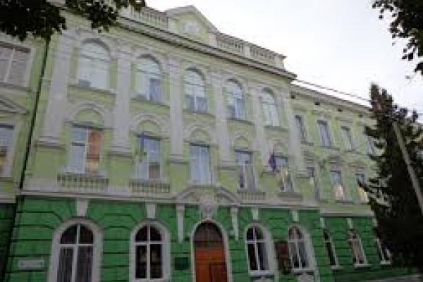 Тернопільська гімназія в ТОП найкращих навчальних закладів України