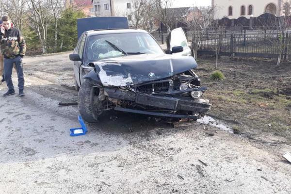 Не розрахував безпечної швидкості: Внаслідок ДТП на Тернопільщині розтрощені дві автівки