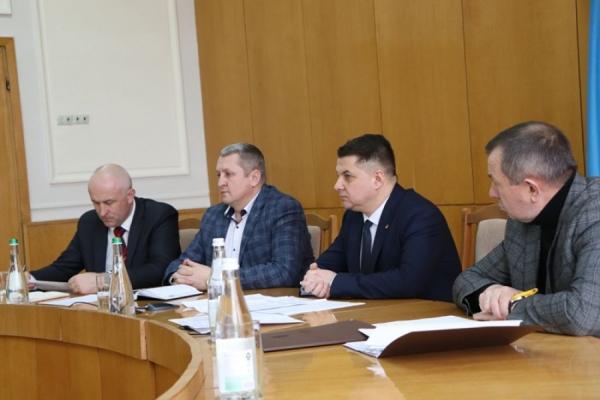 Тернопільська облрада розгляне питання виділення коштів для закупівлі засобів захисту та обладнання у разі проникнення коронавірусу на територію області