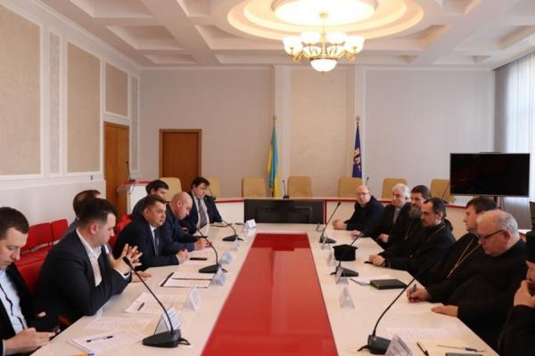 На засіданні ради церков Тернопільщини обговорили, як мінімізувати ризики поширення коронавірусної інфекції