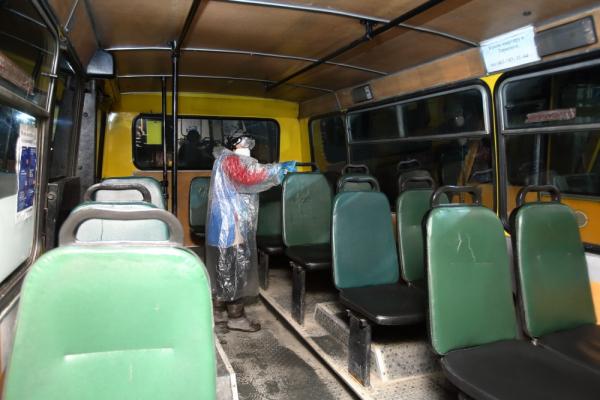 «Щоденна дезінфекція!»: у тернопільських автобусах розпилюватимуть розчин неохлору