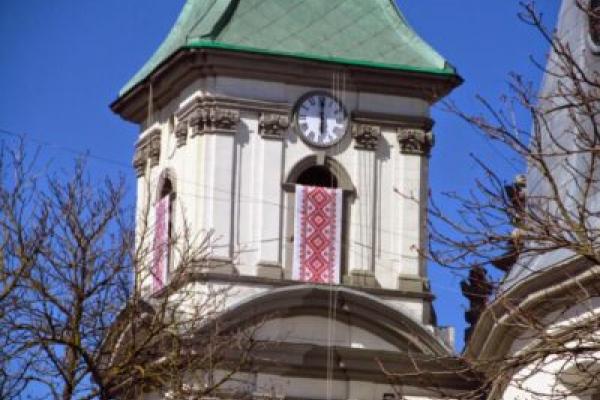 Дзвін архикатедри на Тернопільщині закликатиме до молитви за відвернення вірусу