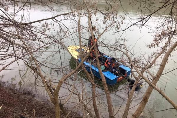 На Тернопільщині рибалки виявили у річці тіло зниклого чоловіка