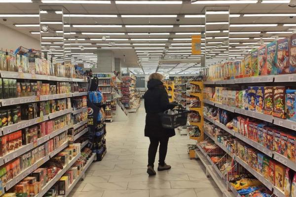 Тернопіль: в магазини впускатимуть лише одного покупця
