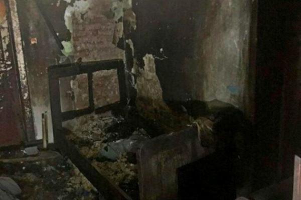 На Тернопільщині згоріла господиня разом із хатою
