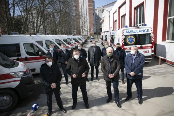 Автопарк швидкої допомоги на Тернопільщині поповнили 42 автомобілі (Фото)